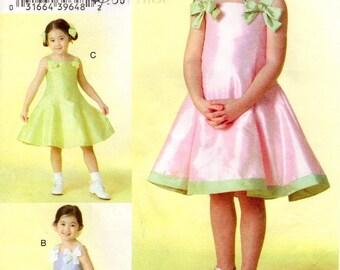 Sz 5/6/6X - Girls' Dress Pattern Vogue V8061 -  Girls' Sleeveless Skater Syle Dress in Three Variations - Vogue For Me - Vogue Patterns