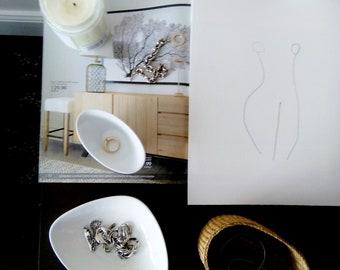 "ORIGINAL Minimalist Drawing; Female Figure Pencil Drawing; Minimalist Female; ""Curves"""