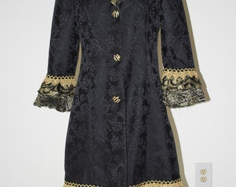Fantasy Coat Gold medium