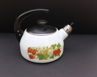 Vintage Enamel Tea Kettle with Strawberry and Vines Design/White and Red Enamel Tea Kettle/Strawberry Themed Enamel Tea Kettle
