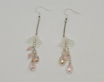 Flower dangle crystal earrings
