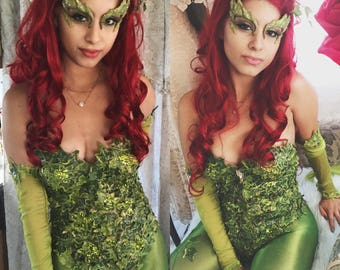 Very detailed Poison ivy corset costume