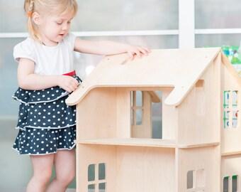 Amazing double-sided dollhouse.