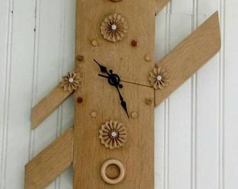 Clock wood design