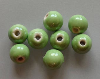 4 / 6 green celadon porcelain ceramic faience enamelled metalic round beads ~ 10mm