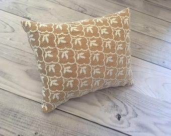 Newborn pillow camel lace posing photo prop accessory