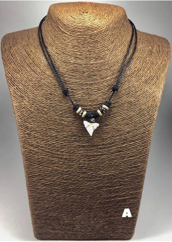 Real shark tooth necklace tiger shark necklace shark teeth te gusta este artculo aloadofball Images