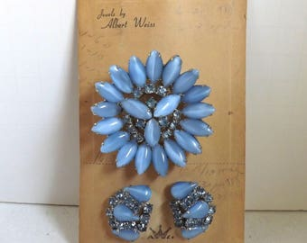 Vintage blue Weiss rhinestone moonstone brooch or pin and earrings set new old stock dimensional layered on original card silver tone