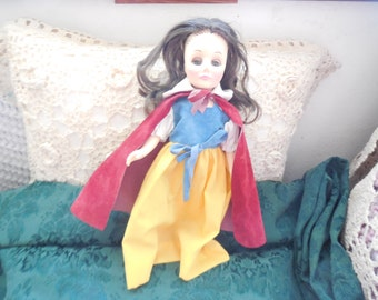 Vintage Effanbee 1976 Snow White Storybook 11 In  Doll , Vintage Story Book Doll, Vintage Doll, Snow White,  : ) S