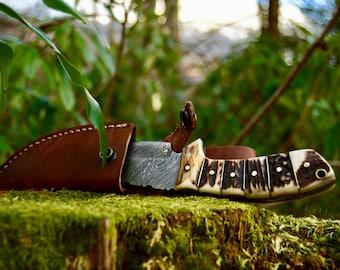 Hand Made Damascus Steel Knife