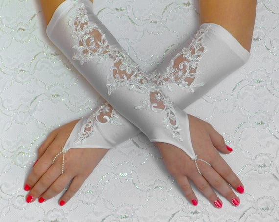 Long lace gloves,  white wedding gloves, bridal gloves, evening gloves, prom gloves 03