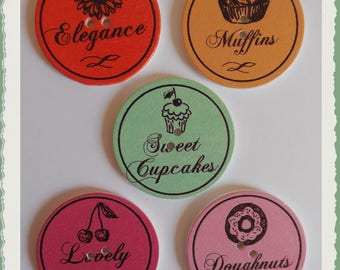 Set of 5 wood treats buttons