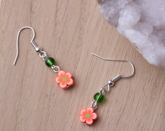 Flower earrings - cute orange flower earrings with green beads | Floral jewellery | Flower jewelry | Bright accessories