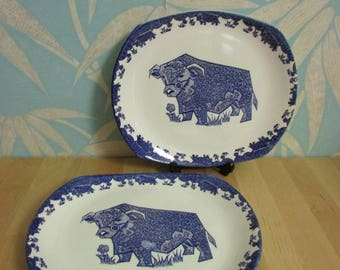 Pair of vintage English Ironstone blue & white bull motif Beefeater plates