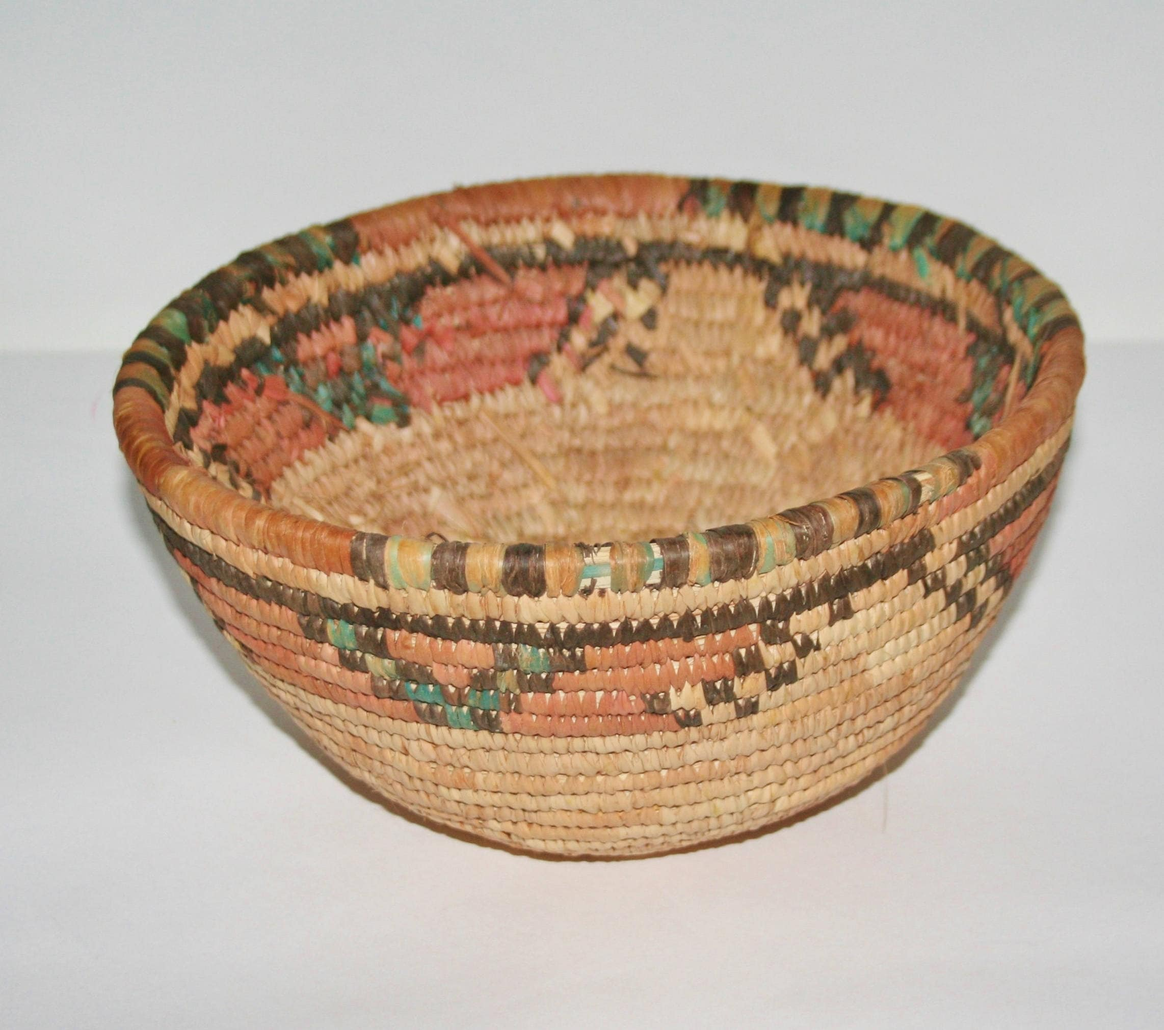African Baskets: African Coiled Grass Hausa Bowl Basket Nigeria Vintage