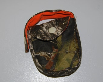 Mossy Oak and Safety orange paci pouch