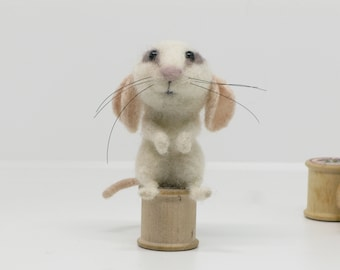 Needle Felted Animal Little White Mouse Fibre Art by Loosemoosey