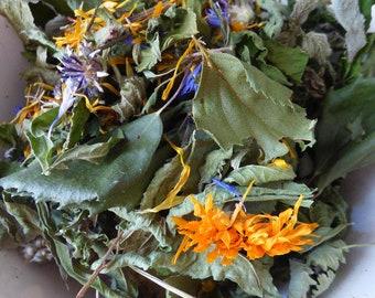 25g bouleau, plantain, verveine, ronce, fraisier des bois, cassis, ortie, bleuet, soucis. Friandises pour lapins.
