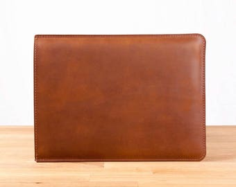 """NEW late 2016 15"""" MacBook Pro with Retina Display - Leather Sleeve Case in Brown"""