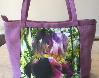 Wisteria-coloured jute bag and flower image.