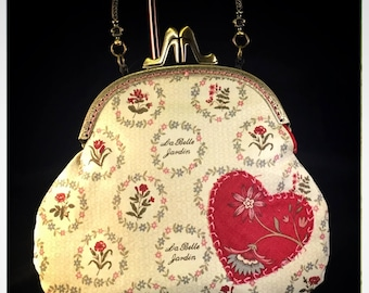 Large Kiss-Lock Purse Handbag with Hand-Applique - Vintage, Victoriana, Bridal 3041