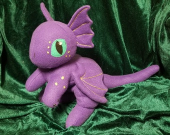 Large Dragon Hatchling, Purple with Gold
