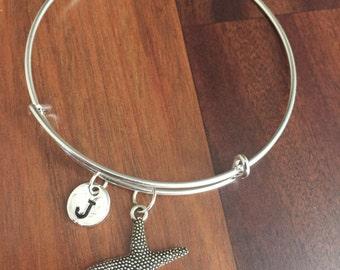 KIDS SIZE - Starfish initial bracelet, starfish jewelry, beach bracelet, ocean jewelry, sea bracelet, beach jewelry, silver bracelet