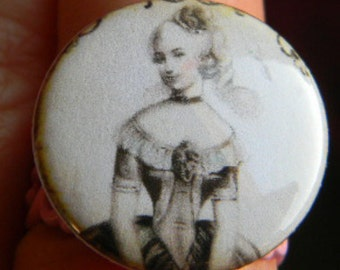 Shabby Chic - Vintage style Cameo  Marie Antoinette French Big Ring or Small Round  Adjustable Ring