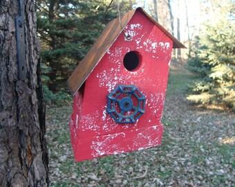 Functional Birdhouse, Outdoor Bird House, Outdoor & Gardening, Rustic Red Birdhouse
