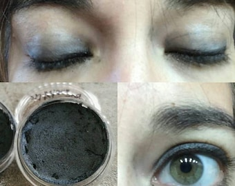 Dark blue eye Shadow