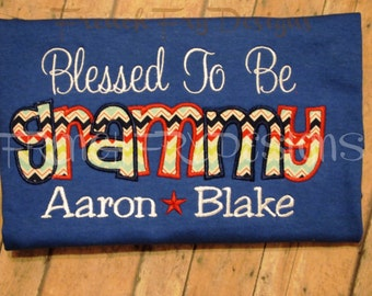GRAMMY applique Short-Sleeved Shirt for Grandmother Customized and Personalized with Kids Names