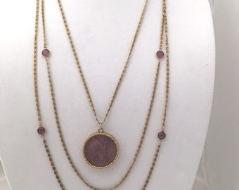 GOLDETTE INTAGLIO NECKLACE - Amethyst Intaglio Cupid - Goldtone