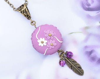 My macaron gourmand necklace three flowers