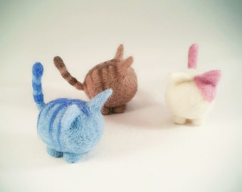 Needle Felt little cat, cute kitten, cat ornament, perfect gift for cat lovers, Mother's day gift, pet lovers gift