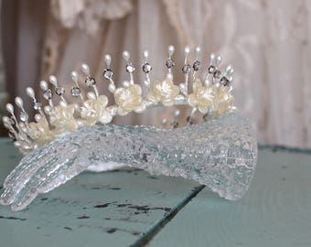 Antique Wax Flower Wedding Tiara / Tiaras and Wreaths / Bridal Crown / Rhinestones / Hair Accessories