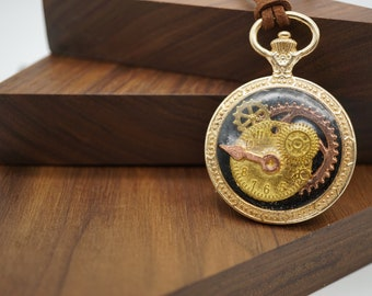 IN STOCK- Steampunk Style Golden Pocket Watch frame Pedant