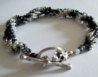 Black White Pearl Skull Rope style  beaded    Bracelet      (B-7-116)