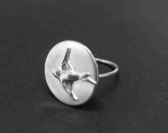 Sterling Silver Unique Bird Ring, Flying Bird Ring, Bird Jewelry, Swallow Ring, Bird Gift Ideas, Metal Work, Statement Ring, Big Ring