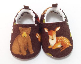 Bear Baby Shoes, Soft Sole Baby Shoes, deer baby booties, Toddler Slippers, Baby Shower Gift, forest animals