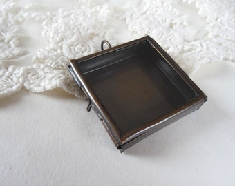 1- Shadow Box Pendant Glass Locket Bronze Glass Pane Window Display Square Glass Terrarium Locket Diy Jewelry Making Supplies Inv0050