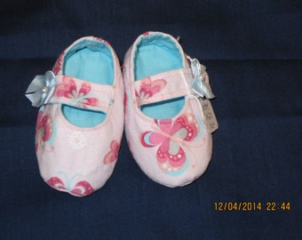 Mary Jane Baby Booties. Size XS: Item #20