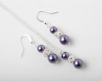 Dark purple wedding jewelry set, earrings and necklace set, purple wedding jewelry, bridesmaid gift, pearl and rhinestone jewelry set