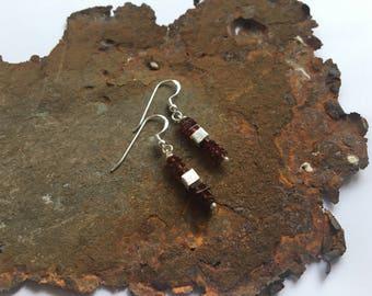 Garnet earrings with 925 silver elements