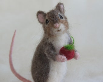 Needle Felted Mouse, Poseable Realistic Life Sized