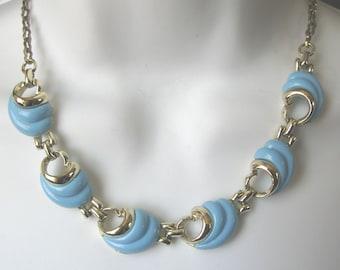 Curvy Blue Thermoset Necklace
