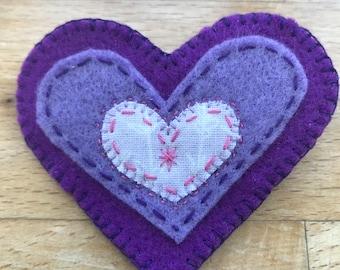 Pretty little handmade felt heart brooch