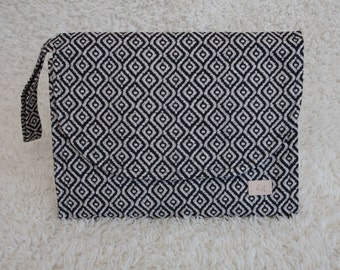 Diaper Clutch with Change Pad, Diaper Clutch, Travel Change Pad, Change Pad, Diaper Bag, Travel Diaper Bag, Nappy Bag, Baby Shower Gift