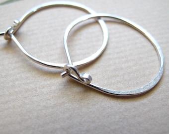 sterling silver hammered hoop earrings - artisan hoops - 18 gauge 1 inch round