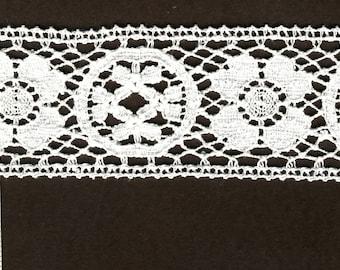 "2"" wide WHITE cluney cotton lace trim 7 yds (795)"
