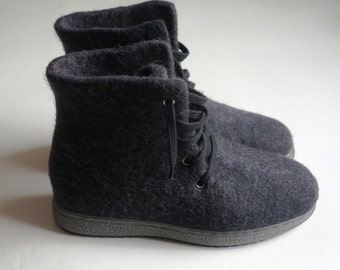 Felted boots for men Felt boot Felt shoes Wool boots Eco friendly Felted shoes Felt shoes Winter felt boots Wool shoes Winter boots Handmade